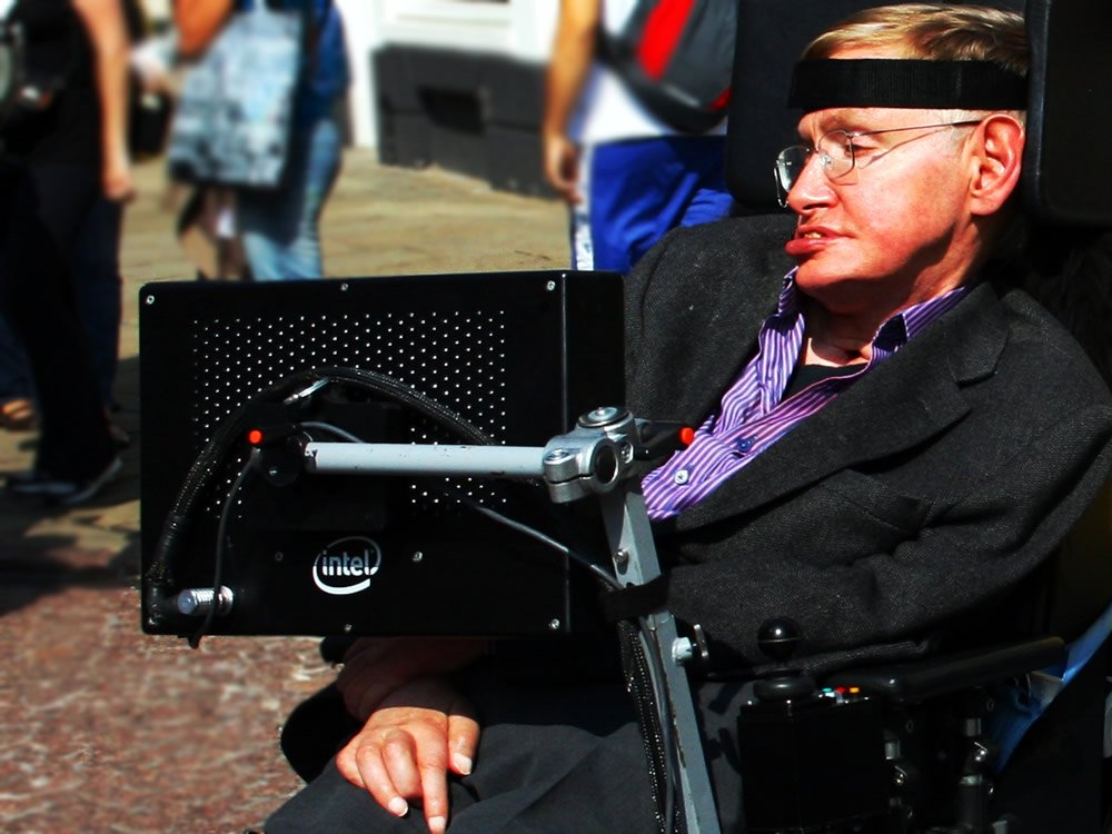 stephen-hawking-in-cambridge